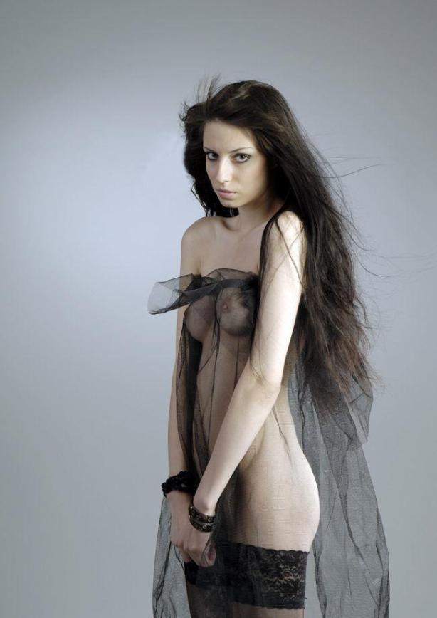 naked_woman_lolmetechie_wordpress_com042