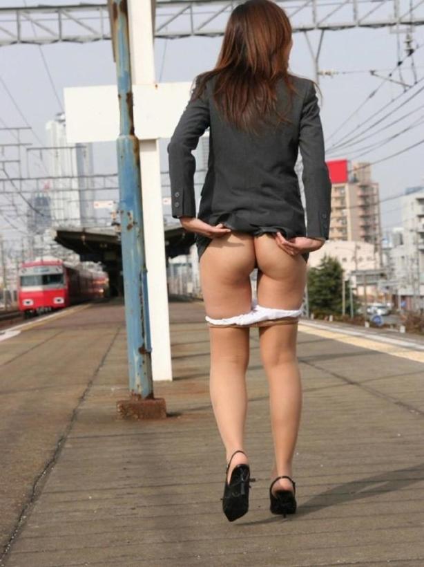 naked_woman_lolmetechie_wordpress_com076
