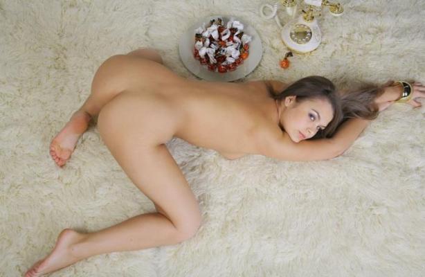 naked_woman_lolmetechie_wordpress_com078