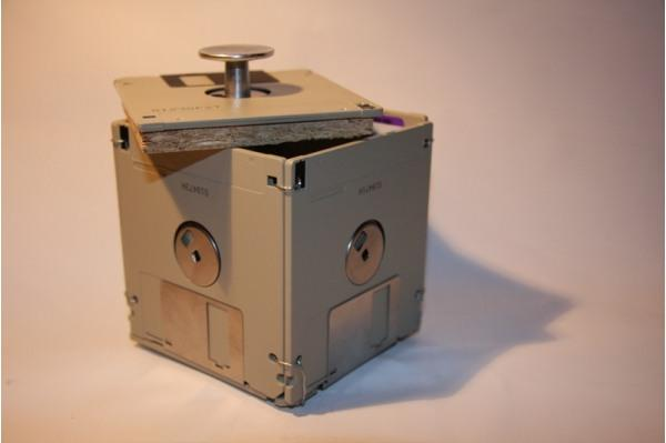 recycle_old_computer_parts_lolmetechie_wordpress_com15