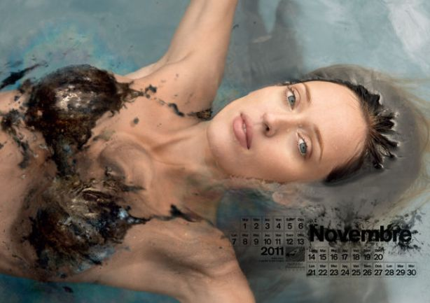 lolmetechie_surfing_calendar_puts_hot_chicks_in_oil_swimsuits_640_11