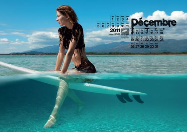 lolmetechie_surfing_calendar_puts_hot_chicks_in_oil_swimsuits_640_12